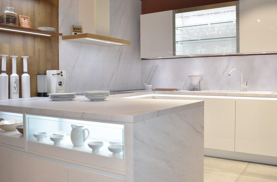 0111 1 960x631 - Descubre tu cocina de diseño en Valencia: conoce KüchenTime Valencia