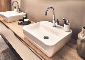 01 25 Fashion173 D 13171 20 300x212 - Diseños de mobiliario para baños y aseos 2020